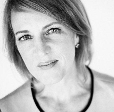 Book Whitney Johnson | Virtual Speakers